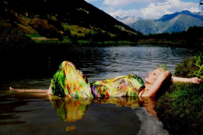 annuaire photographes suisse romande, Yemana - http://www.arteyes.ch - Arteyes de Yverdon