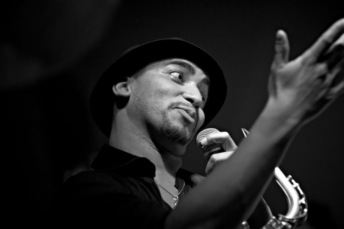 annuaire photographes suisse romande, Ismael K Saxophoniste en Live à la SIP - http://www.claireemotions.com - claireemotions de Genève