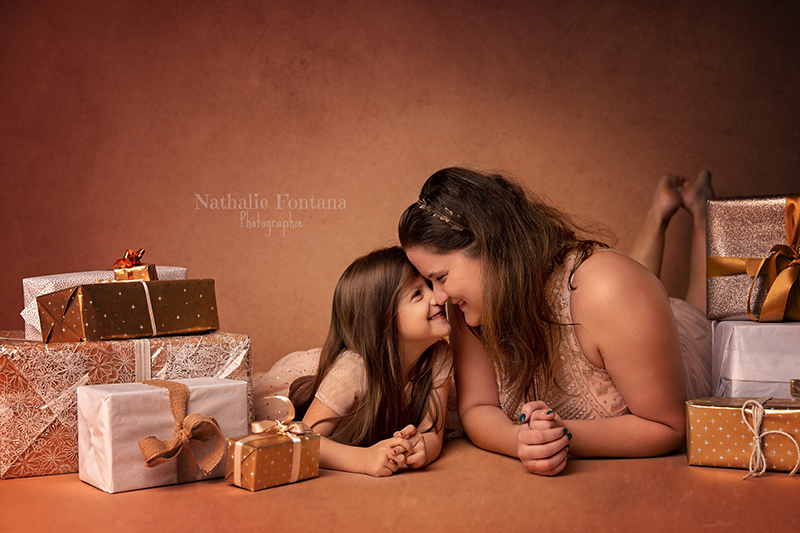 annuaire photographes suisse romande, Mini séance de Noël réalisée au studio à Genève - http://www.nathaliefontana.ch - Nathalie Fontana de Genève
