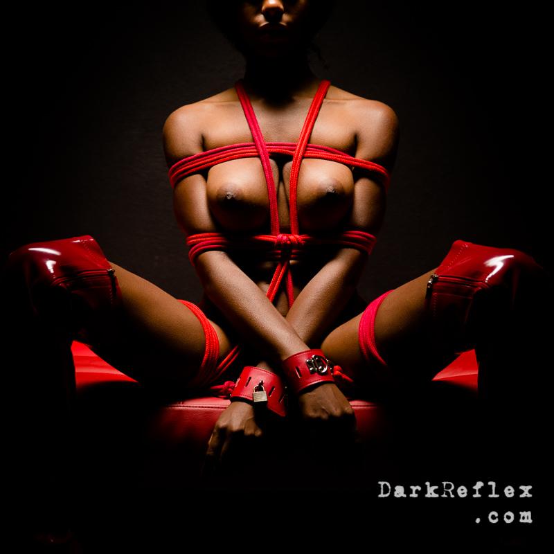 annuaire photographes suisse romande, A Dark Reflexion of our dark side  - http://www.darkreflex.com - DarkReflex de Genève
