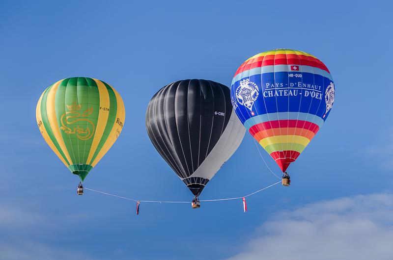 annuaire photographes suisse romande, Jumellage de ballons à air chaud - http://philippe.belazp.com/ - Le Meuh de Courtepin