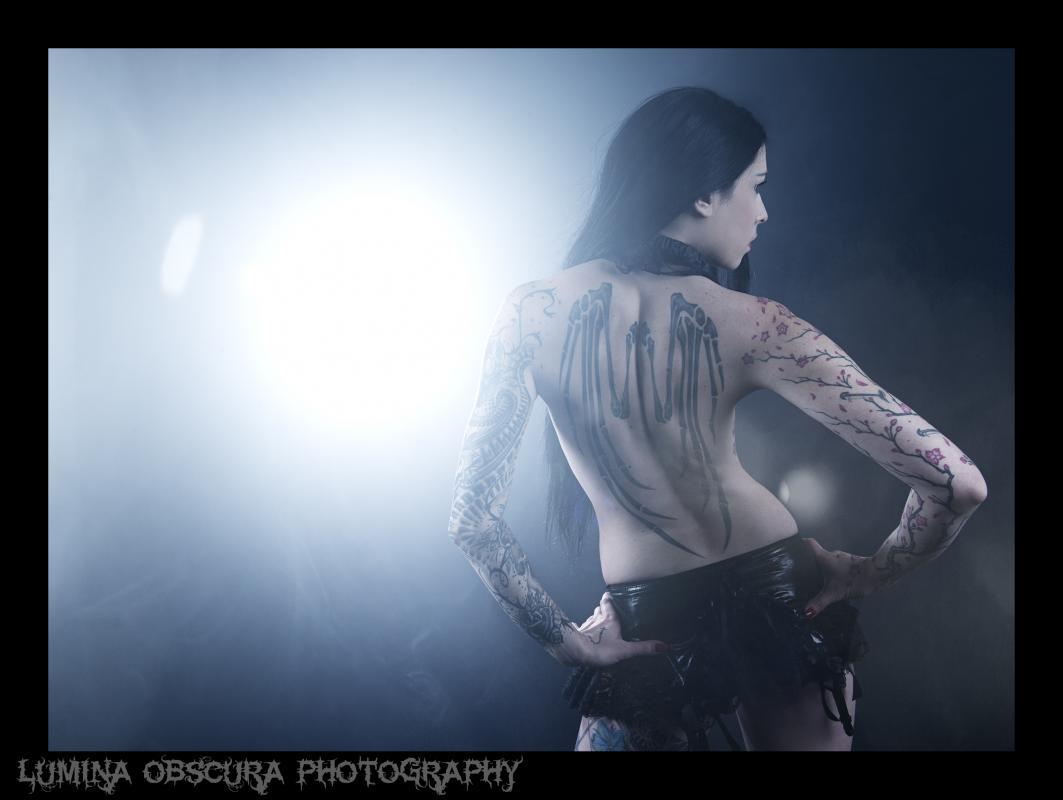 Nemesis :  sombre lumière, ns:Lumina Obscura Photography, annuaire photo modele