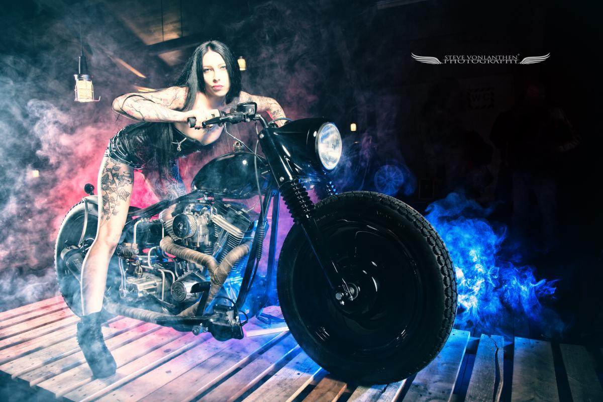 Nemesis :  Nemesia Noir, ns:Steve Volanthen Photography, annuaire photo modele