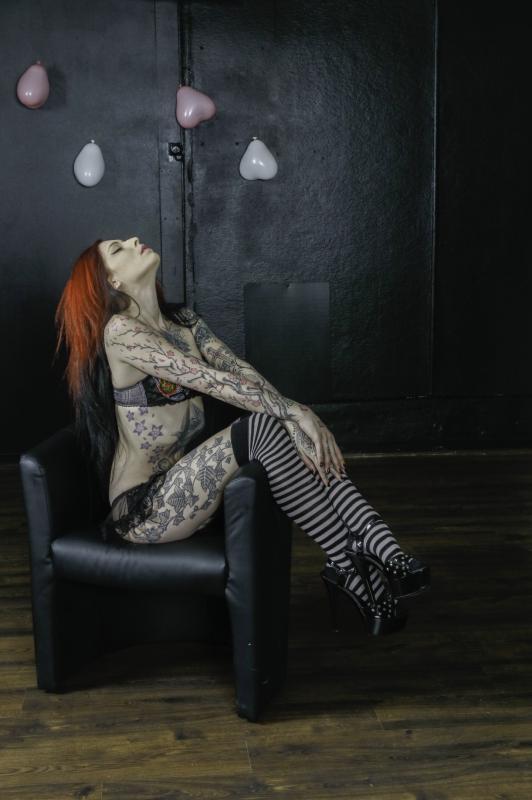 Nemesis :  Nemesis/Nemesia Noir, ns:Pixel Pierrot, annuaire photo modele