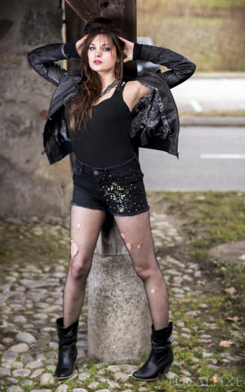 Plume :  Shoot en exte à la Grange de Dorigny, Lausanne (1er mars 2014), ns:Focal Fixe (Rayan), annuaire photo modele