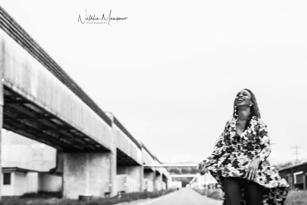 Mélos :  Redingote en pagne africain , ns:Natalia Mansano , annuaire photo modele
