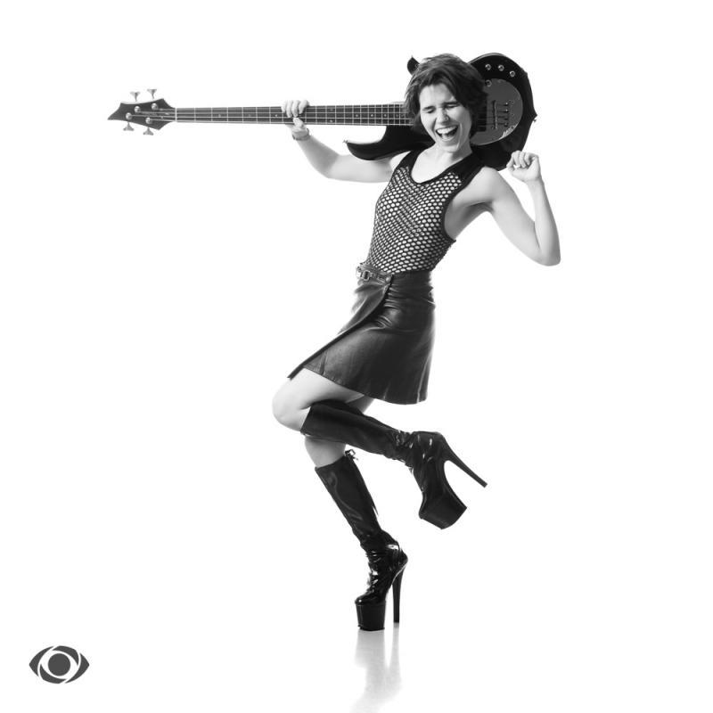 Fifi Doll :  , www.pourmesyeux.ch, annuaire photo modele