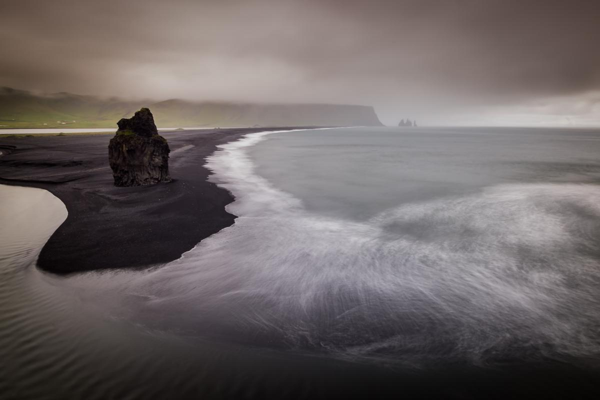 annuaire photographes suisse romande, Dyrhólaey, Islande - http://www.pierik.ch - Pierik de Neuchâtel