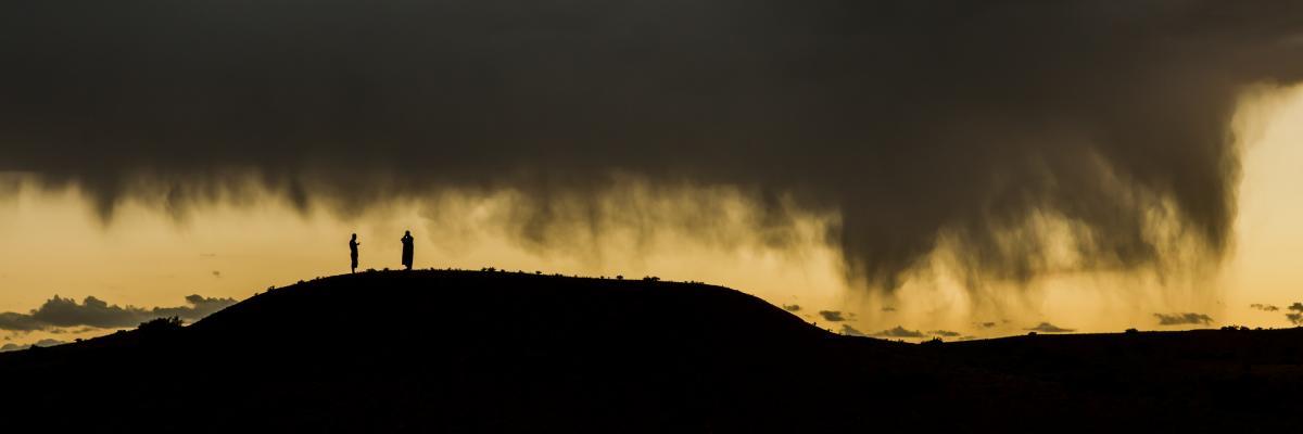 annuaire photographes suisse romande, Pluie sur le désert de Gobi, Mongolie - http://www.pierik.ch - Pierik de Neuchâtel