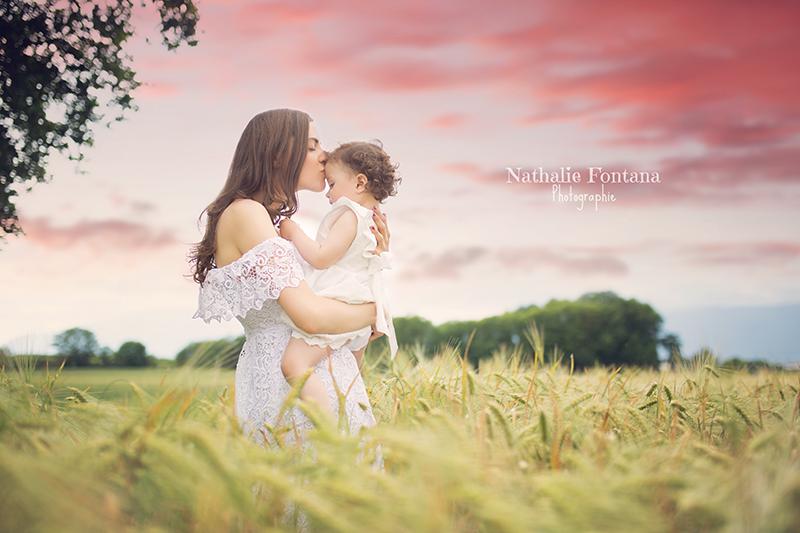 annuaire photographes suisse romande, Séance photo - maman et moi - à l'occasion de la fête des mères - http://www.nathaliefontana.ch - Nathalie Fontana de Genève