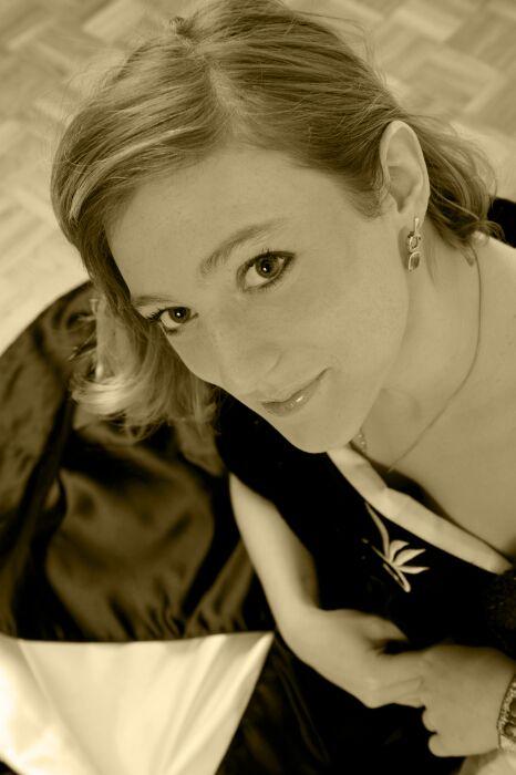 annuaire photographes suisse romande, Amélie studio session 2009 - http://www.jbphoto.ch - jb photo de Moutier