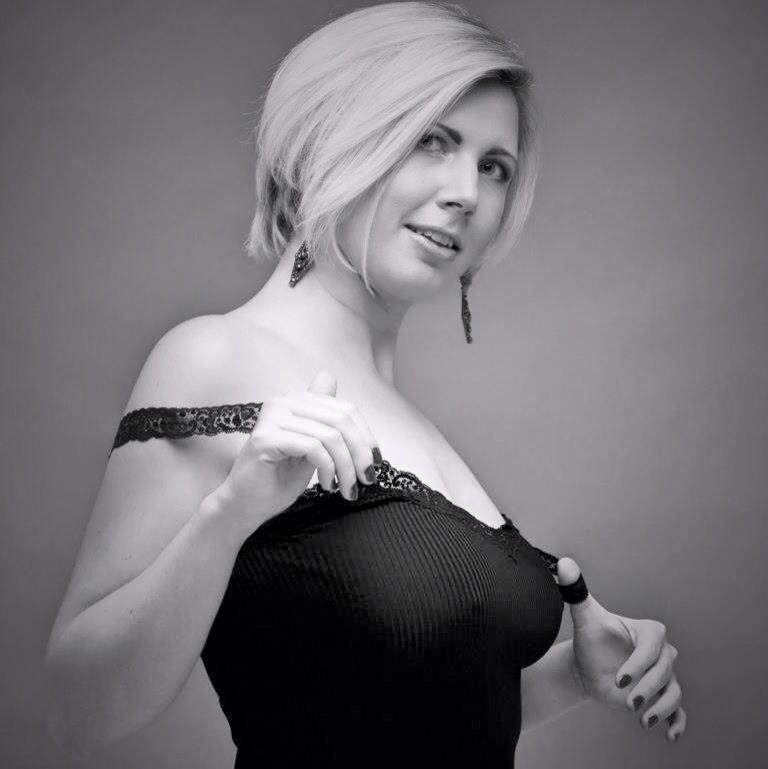 Blondy : Mod'Rock so Fashion Blondy 2012, ns:F. Queloz, annuaire photo modele