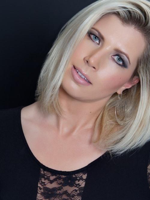 Blondy : Beauty, ns:V. Bidoyet, annuaire photo modele